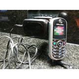 Celular Motorola C140. Cia. Tigo.funciona. Cargador Original