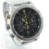 Relógio Nixon The 48-20 Prata Com Fundo Preto E Detalhes Em