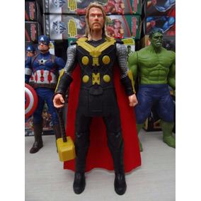 Boneco Thor 30 Cm Marvel Vingadores C/ Luz E Som
