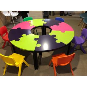 Mesa Circular Para Salón De Fiestas Con 6 Sillas Plásticas