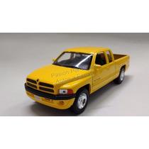 1:24 Dodge Ram 1500 Quad Cab Sport 2002 Amari Welly C Caja
