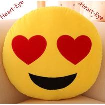 Almofada De Pelúcia Emoji / Emoticon Olhar Apaixonado
