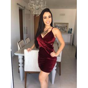 Vestido de no curto vermelho
