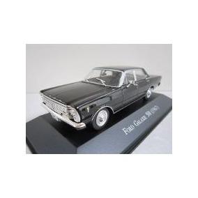Ford Galaxie 500 1967 - Miniatura