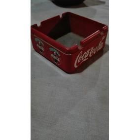 Coca-cola,cenicero De Acrílico.antiguo.mide 8 X 8 Cms.