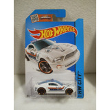 Enigma777 Hot Wheels Ford Mustang Gt Concept Patrulla 2014