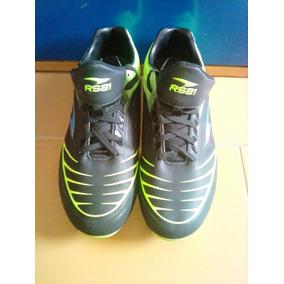 Tacos De Futbol Rs21 Con - Zapatos Deportivos en Mercado Libre Venezuela 9ca65c9d89658