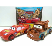 Carrinho Cars Relâmpago Macqueen E Mater Guincho