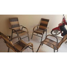 Jogo 4 Cadeiras E Uma Mesa De Centra Produto Nunca Usado.