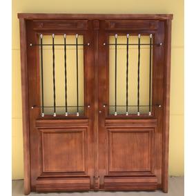 Puertas madera antiguas stunning com puertas madera for Puerta de madera doble estilo antiguo