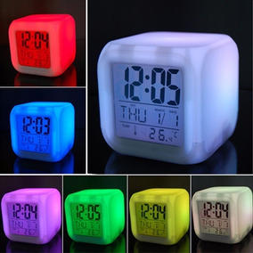 Reloj Despertador Cubo Cambia 7 Colores Temperatura Alarma