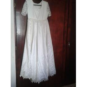 Sencillo Vestido De Novia Con Encaje