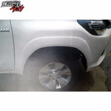 Fenders Originales Toyota Hilux Revo 2015 Color Blanco