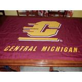 Bandera Central Michigan