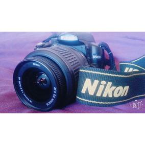 Camara Nikon D5000 + Lente 18-55
