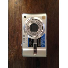 Cámara Fotográfica Digital De 7.2 Mp