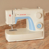 Maquina De Coser Singer Simple 3221