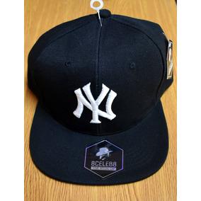 3cba9d052b106 Gorra Plana   New York Yankees   Ajustable   Envio Gratis!