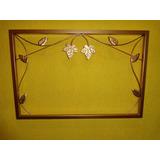 Moldura De Ferro Sem Espelho 80cm X 50cm Dourada Det. Folha