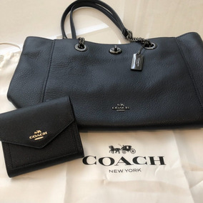 1ca27550a07 Bolsa Coach Turnlock Chain Tote 27 Original Com Carteira. R  1.690