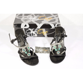Sandalias Negras De Vestir Talla 36 Usada Con Detalles