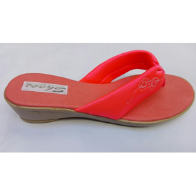 Sandalias Con Taco Bordadas (x Mayor) Color Coral