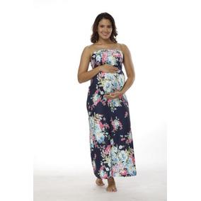 Mujeres embarazadas con vestidos cortos