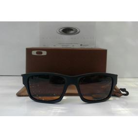 Oculos Oakley Marrom De Sol - Óculos no Mercado Livre Brasil f4f3b4917f