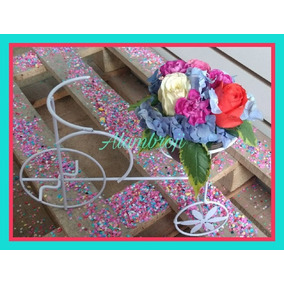 Centro De Mesa-triciclo Con Arreglo Floral