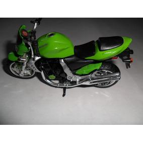 Miniatura Moto Kawasaki Z 1000 -maisto--1:18