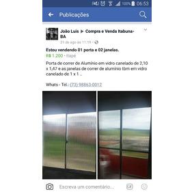 Porta De Correr Com Vidro Canelado E Duas Janelas