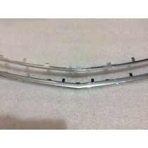 Moldura Aplique Cromado Grade Frontal Rad Gm Vectra Superior