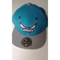 Gorra Mitchell & Ness Charlotte Hornets 7 1/8 $455 Pesos