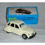 M8 Sacapuntas Juguete Auto Citroen Miniatura De Colección