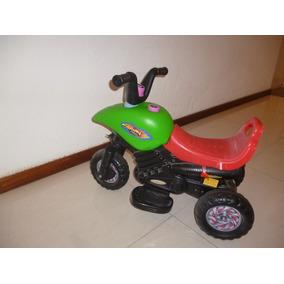 Moto A Batería Para Niño/a En Excelente Estado