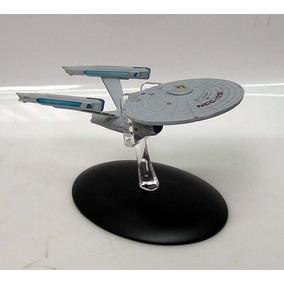 Star Trek Uss Enterprise 1701 Refit Die Cast 5 \ Nave W Mag