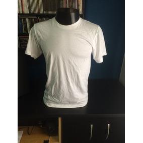 Camiseta American Apparel - Calçados 121f5d16009cc