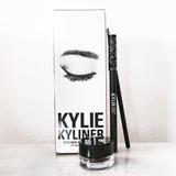 Kylie Jener Cosmetic Delineador En Gel + Lápiz Para Cejas