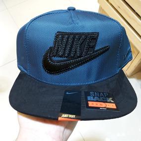 Gorras Nike adidas