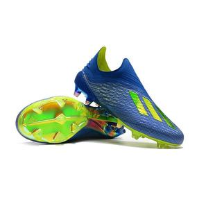Chuteira Adidas Lançamento Adultos Campo - Chuteiras no Mercado ... 28331d1eb7e26