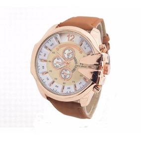 Relógio De Pulso Para Homem Grande Dourado De Pulseira Couro