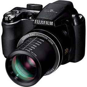Câmera Digital Fujifilm Finepix S4000 Com 14mp, Tela Lcd De