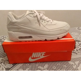 b403a336b9b Nike - Calçados