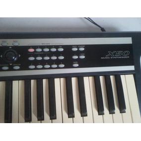 Teclado Sintetizador Korg X50 Usado Con Forro