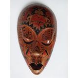 Máscara Nova Zelândia - 38 X 22 Cm Feito A Mão $500 Por 350