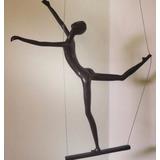 Acrobatas Y Gorditas Escaladoras Escultura