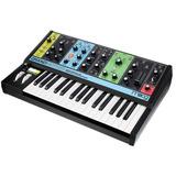 Moog Grandmother Sintetizador Semi-modular Eurorack