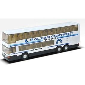 Colectivo Ómnibus Mercedes Benz Escala 1:64 Welly Bus Blanco