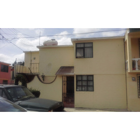 Casa De Dos Niveles Muy Cerca De Carr. Pachuca-méxico