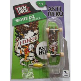 Skate De Dedo Tech Deck Profissional Anti Hero Fingerboard